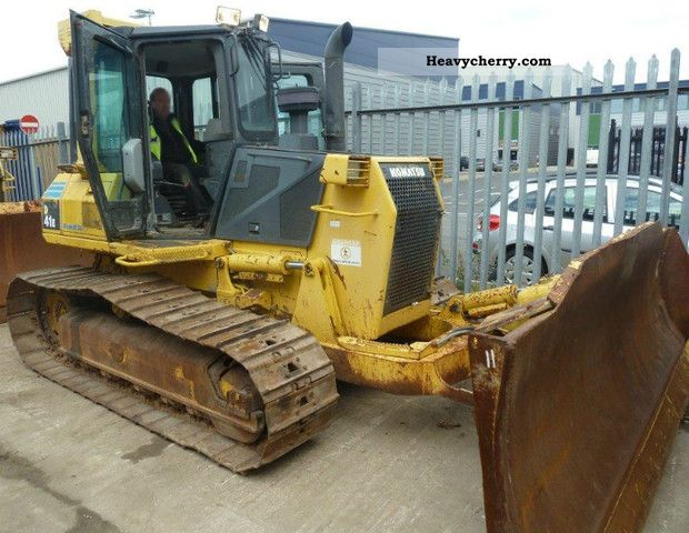 2004 Komatsu  D41E-6 Construction machine Dozer photo