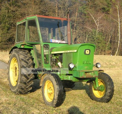 1973 John Deere  2130 L Agricultural vehicle Tractor photo