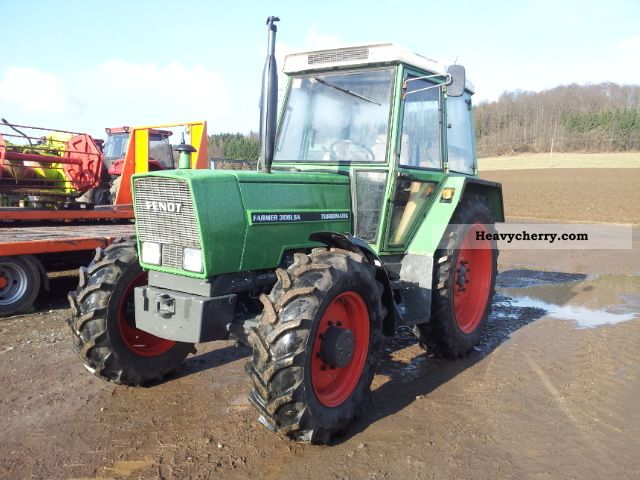 1988 Fendt  308 LSA Agricultural vehicle Tractor photo