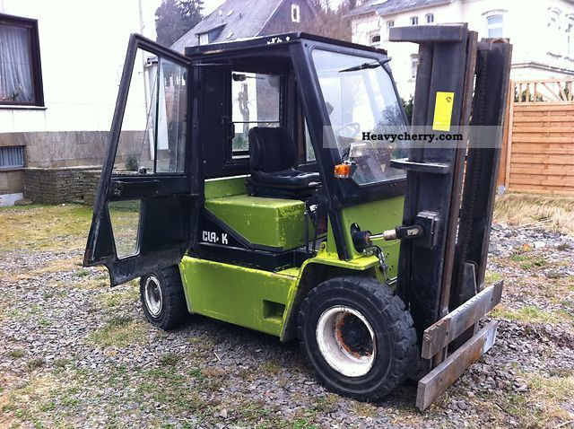 1996 Clark  GPX 40 D Forklift truck Front-mounted forklift truck photo