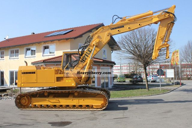 1978 Liebherr  CLC 921 Construction machine Caterpillar digger photo