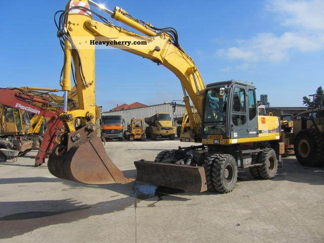2000 Furukawa  W 735 LS ** hammer line / hook line ** Construction machine Mobile digger photo