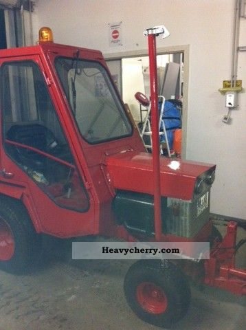 1983 Gutbrod  2500 with snow plow, mower approval before 11.2013 Agricultural vehicle Reaper photo