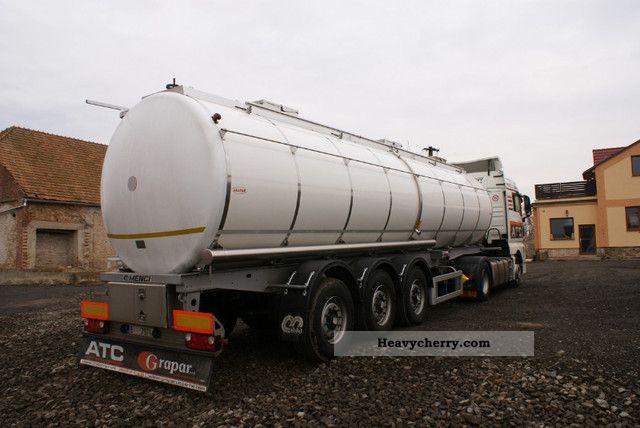 2009 Menci  32,000 +6000 + 13 500 12 500 3 chamber Semi-trailer Food tank photo