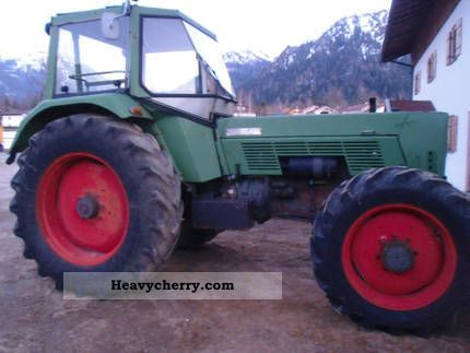 1973 Fendt  Favorit 611 Agricultural vehicle Tractor photo
