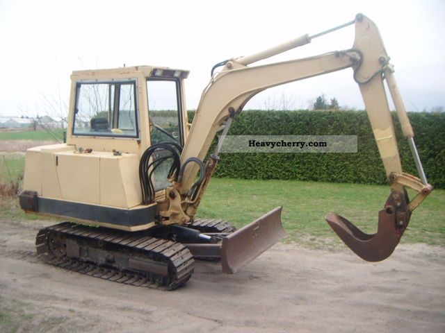 1986 Kubota  90 kh Construction machine Mini/Kompact-digger photo