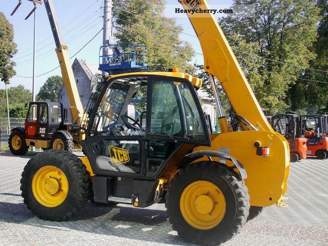 2006 JCB  530 Construction machine Wheeled loader photo