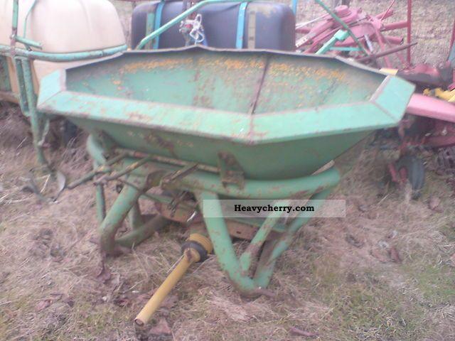 1995 Amazone  ZA-E400l Agricultural vehicle Fertilizer spreader photo
