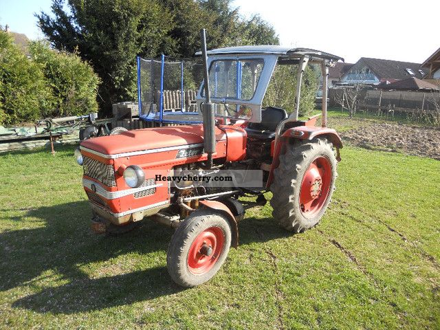 1977 Zetor  2511 1-Hand. Agricultural vehicle Tractor photo