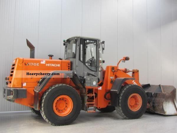 2005 Hitachi  LX 170 E Construction machine Wheeled loader photo