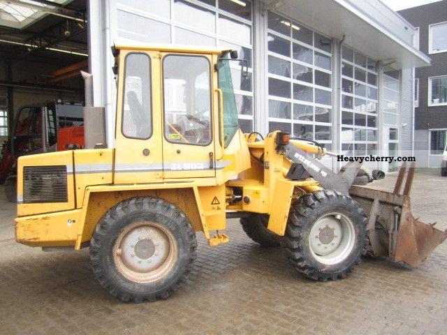 1998 Zettelmeyer  ZL802 Construction machine Wheeled loader photo