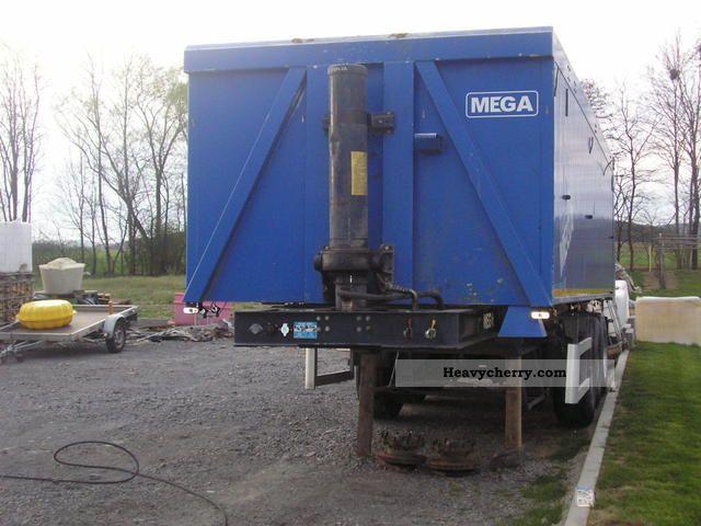2009 MEGA  megapac NA30835 Semi-trailer Tipper photo