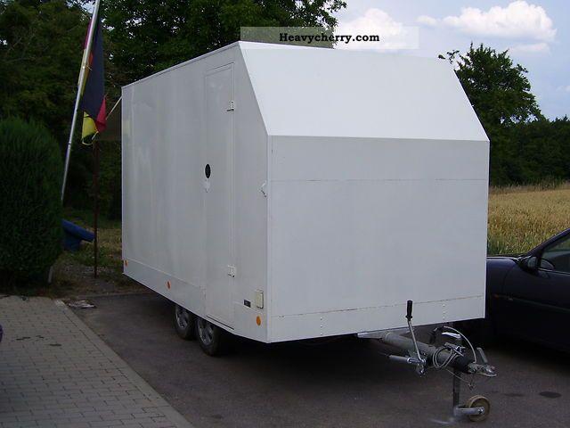 2006 Heinemann  enclosed trailer Trailer Trailer photo