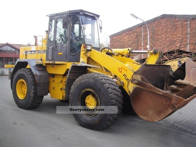 1998 Furukawa  335 Construction machine Wheeled loader photo