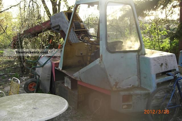 1984 Demag  V42 Construction machine Other construction vehicles photo