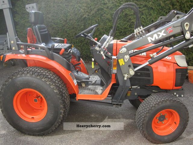 2008 Kubota  B2230 Agricultural vehicle Tractor photo