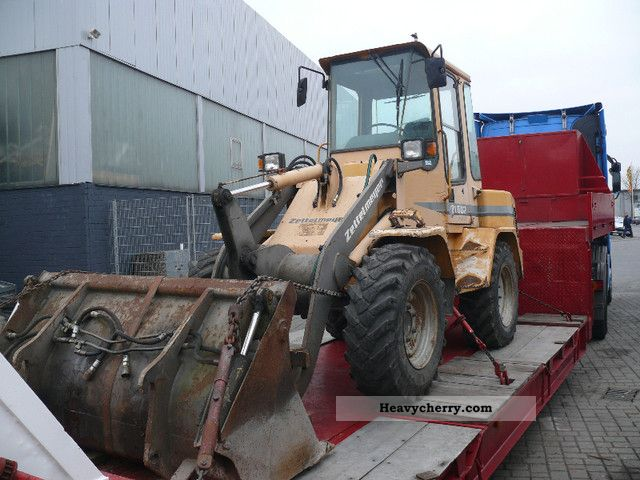1995 Zettelmeyer  602 B Series wheel loader with front bucket and forks Construction machine Wheeled loader photo