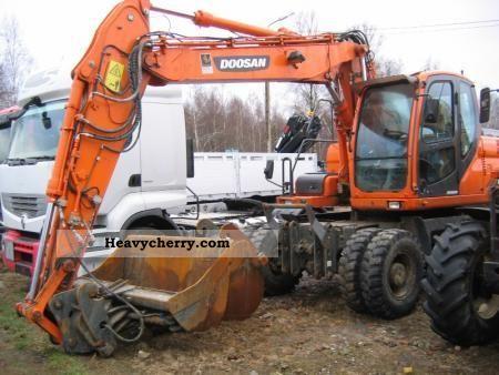 2010 Doosan  DX 140 Construction machine Construction Equipment photo