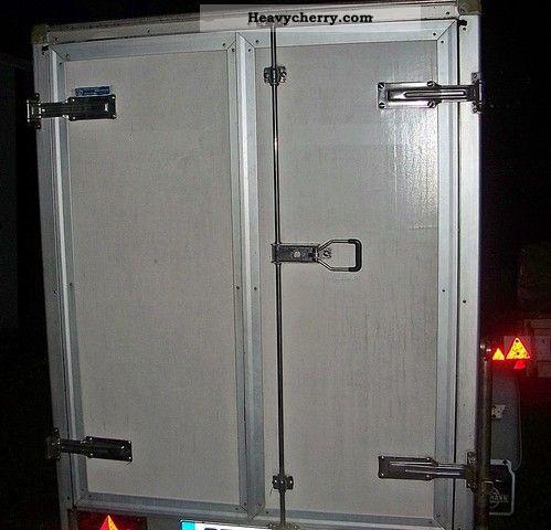 1993 Heinemann  closed box Trailer Trailer photo