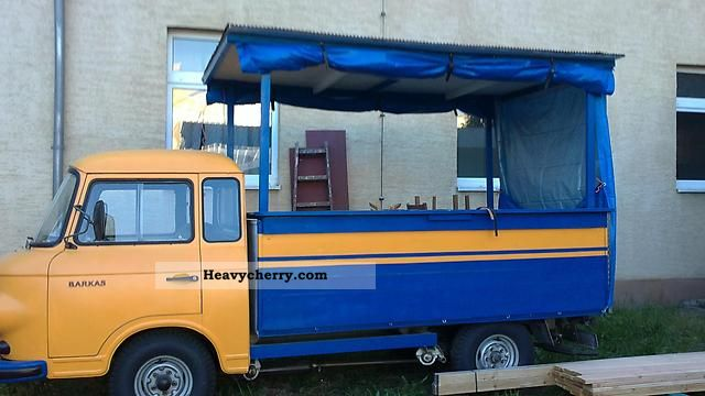 1975 Barkas  1000 Van or truck up to 7.5t Traffic construction photo
