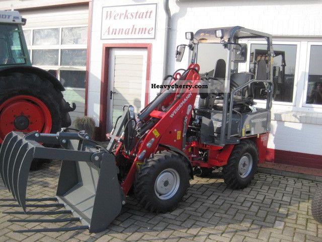 2011 Weidemann  1130 CX 30 - special offer Agricultural vehicle Farmyard tractor photo