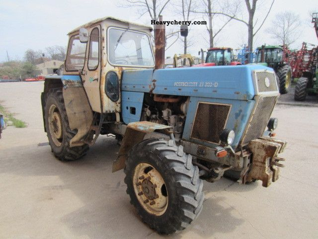 fortschritt zt 303 d 1982 agricultural tractor photo and specs. Black Bedroom Furniture Sets. Home Design Ideas