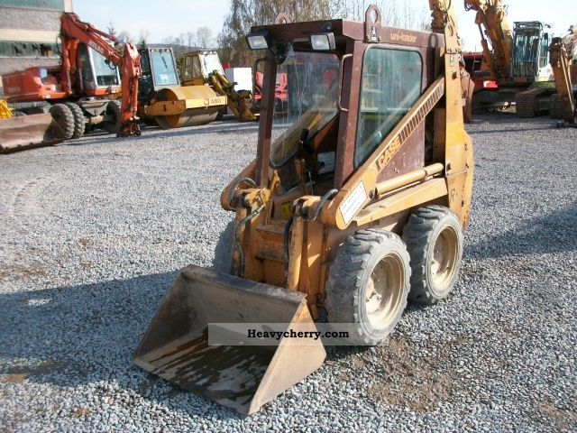 1988 Case  1818 Construction machine Mini/Kompact-digger photo