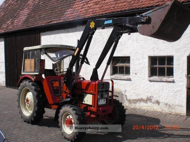 1977 Case  533 A Agricultural vehicle Tractor photo