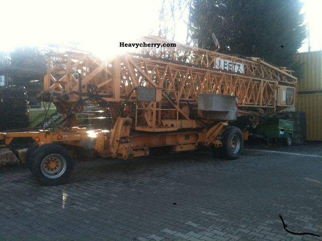 1980 Liebherr  27K Construction machine Construction crane photo