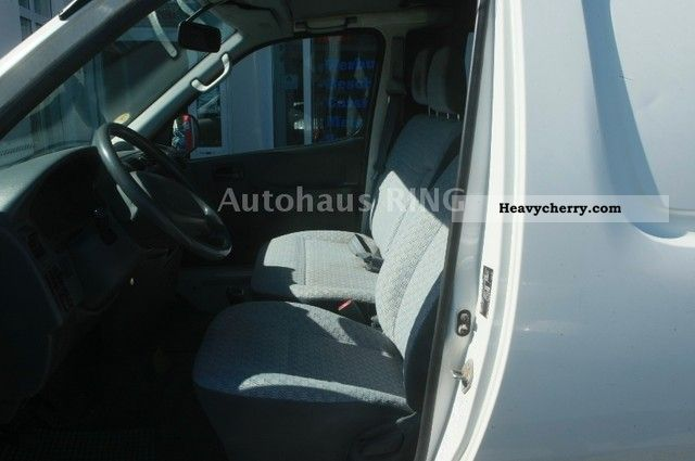 2006 Toyota Truck Hiace 2.5D TUV APC 2-2014 Van or truck up to 7.5t