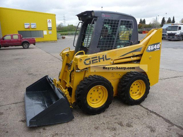 2006 Gehl  4640 Construction machine Wheeled loader photo