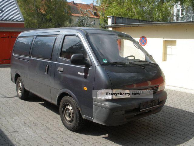 2003 Kia  Pregio Van or truck up to 7.5t Box-type delivery van - long photo