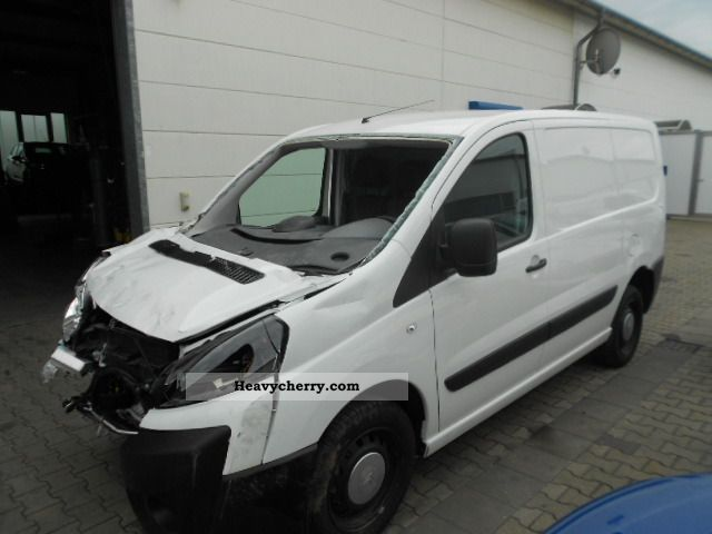 citroen citroen jumpy 1 6 hdi 2012 box type delivery van photo and specs. Black Bedroom Furniture Sets. Home Design Ideas