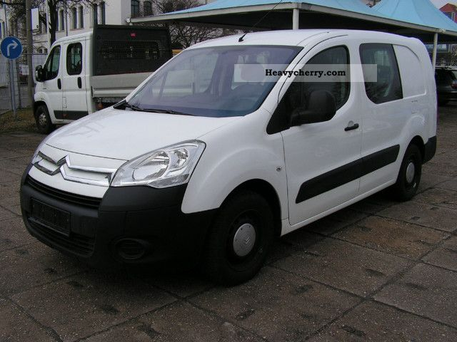 2009 Citroen  Citroen Berlingo 1.6 HDI for 5-seater air- Van or truck up to 7.5t Box-type delivery van - long photo