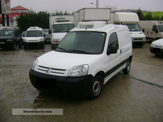 citroen citro n berlingo 1 9 d frigorifique fourgon 2003 refrigerator box truck photo and specs. Black Bedroom Furniture Sets. Home Design Ideas
