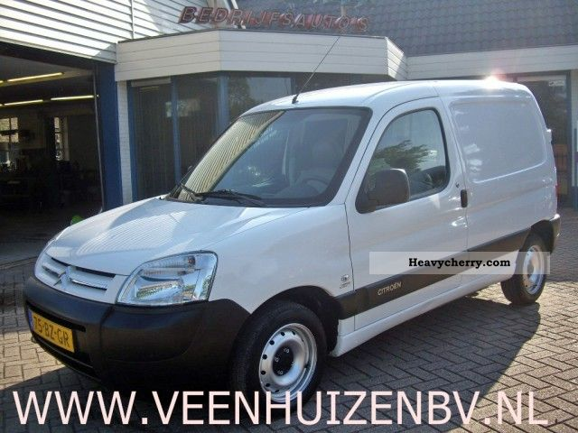 2006 Citroen  Citroen Berlingo 1.9D Van or truck up to 7.5t Box-type delivery van photo