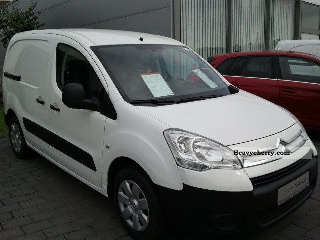 2012 Citroen  Citroen Berlingo HDI 90 Niv E-B L1 Van or truck up to 7.5t Box-type delivery van photo