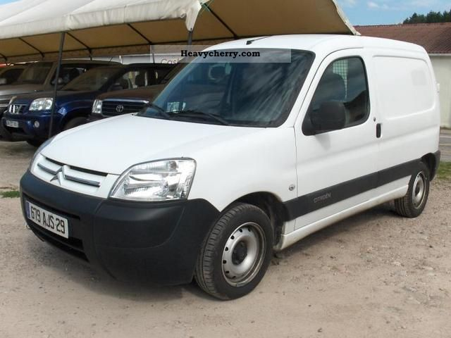 citroen citro n berlingo 1 6hdi 75ch 2007 box type delivery van photo and specs. Black Bedroom Furniture Sets. Home Design Ideas