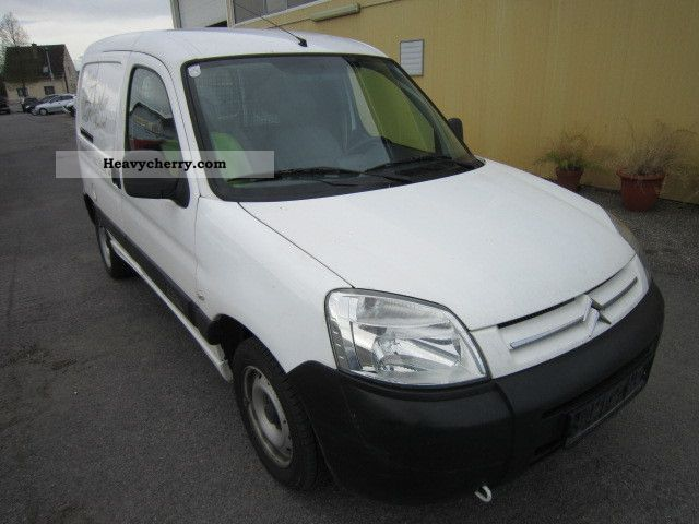 2005 Citroen  Citroen Berlingo 2.0HDI90 climate Van or truck up to 7.5t Box-type delivery van photo