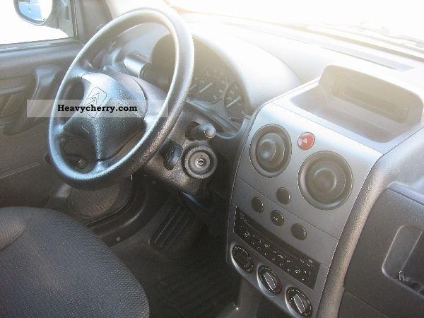 2007 Citroen  Citroen 1.6 HDi 75 COMFORT Van or truck up to 7.5t Box-type delivery van photo