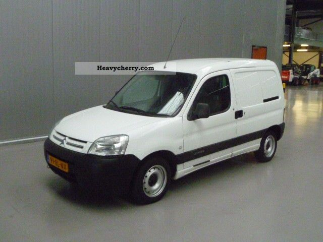2004 Citroen  Citroen Berlingo 2.0 HDI 600 Van or truck up to 7.5t Box-type delivery van photo