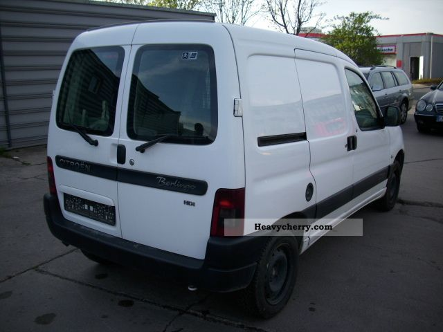 citroen citroen berlingo 2003 box type delivery van photo and specs. Black Bedroom Furniture Sets. Home Design Ideas