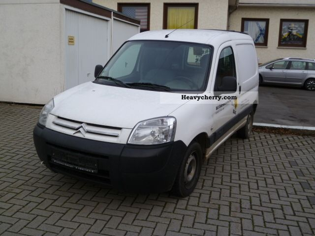 2006 Citroen  Citroen Berlingo Van or truck up to 7.5t Box-type delivery van photo
