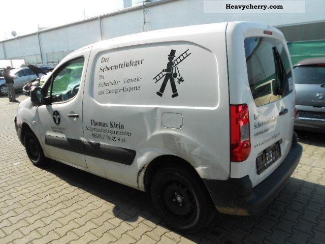 2011 Citroen  Citroen Berlingo 1.6 HDI Van or truck up to 7.5t Box-type delivery van photo