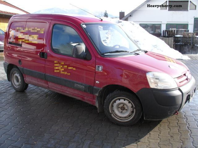 2007 Citroen  Bivalent Berlingo 1.4 L natural gas CNG AIR Van or truck up to 7.5t Box-type delivery van photo