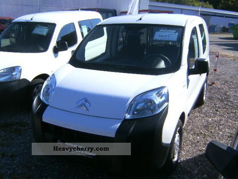 2010 Citroen  Citroen Nemo 1.4 KAWA glazed * Electric Extenso + package Van or truck up to 7.5t Box-type delivery van photo