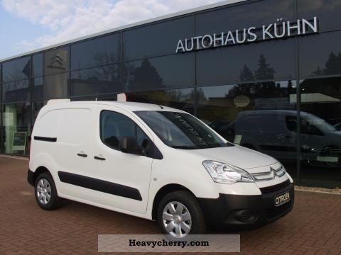 2012 Citroen  Citroën Berlingo L1 HDi 75 Van level B Van or truck up to 7.5t Box-type delivery van photo