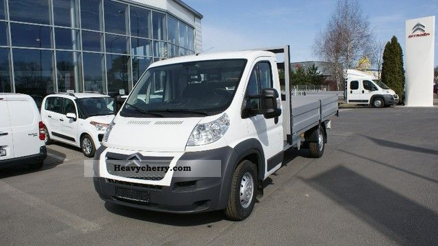 2011 Citroen  35 + Peugeot Boxer HDI L4 180KM Van or truck up to 7.5t Stake body photo