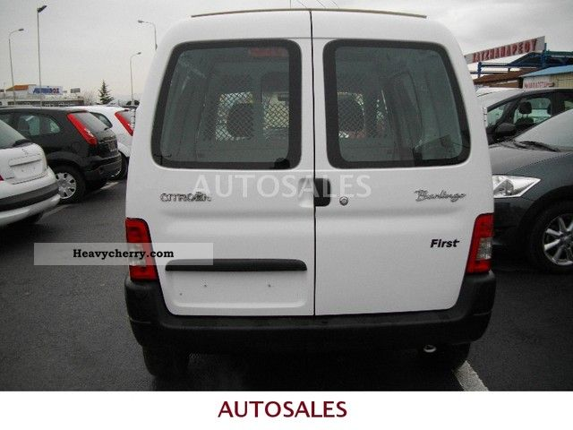 citroen citro n berlingo diesel 2009 box type delivery van photo and specs. Black Bedroom Furniture Sets. Home Design Ideas