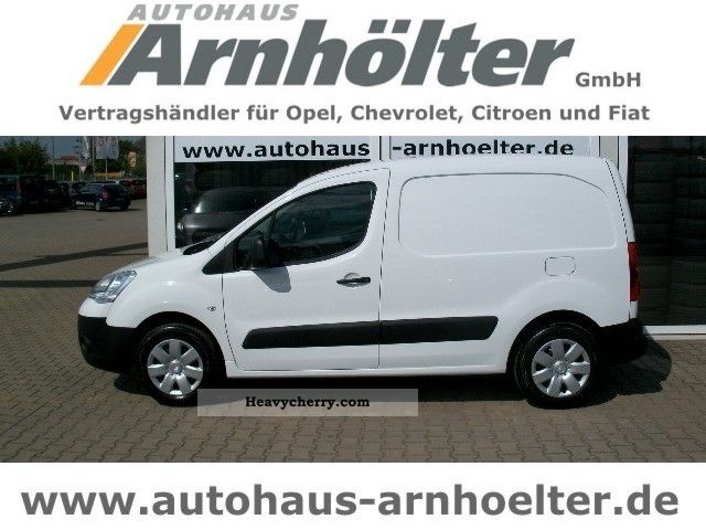 2011 Citroen  Citroen Berlingo HDi 75 Euro 5 NB Partitions Durchr. Van or truck up to 7.5t Box-type delivery van photo